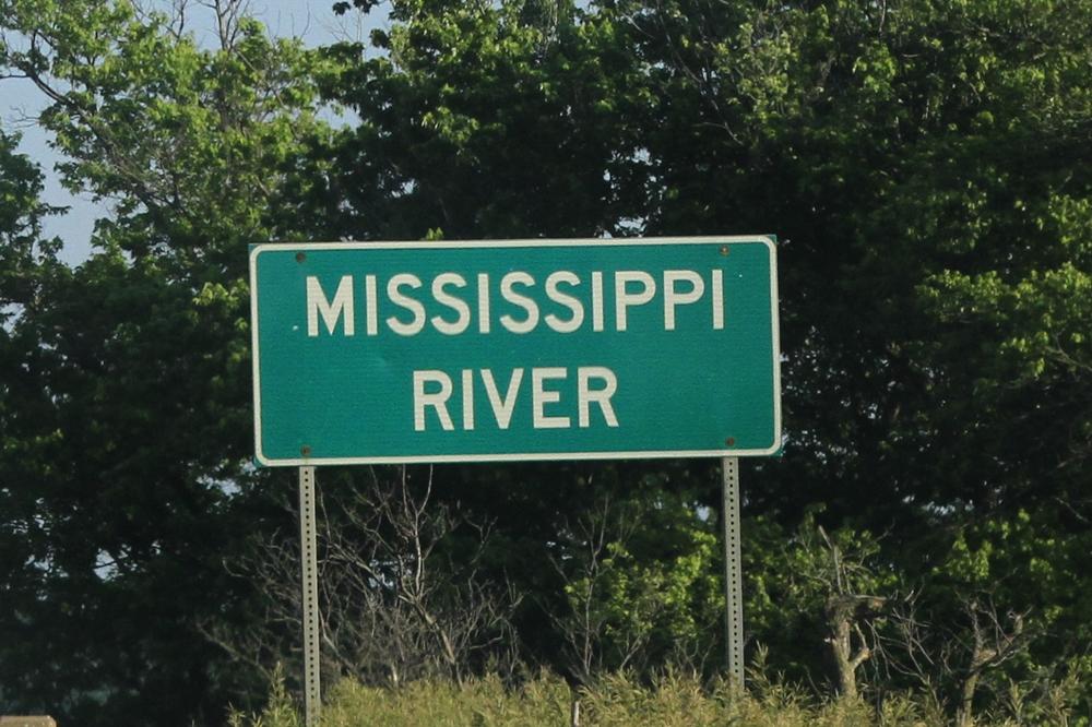 Day 3 - 1 Mississippi River sign